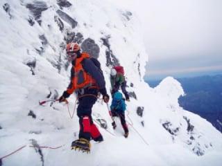 冬山の登山やトレッキングでの服装・ウェア