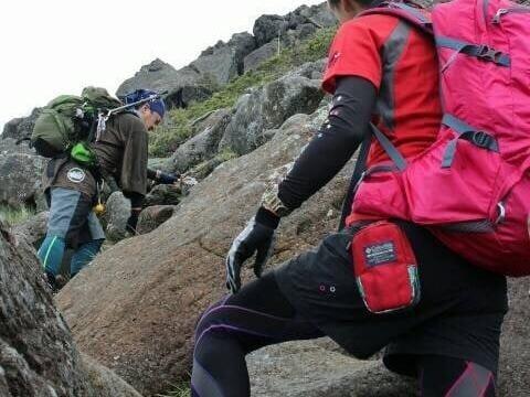 登山でのグローブの選び方とは?